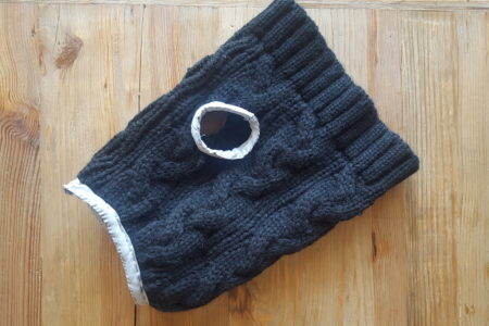 ニット帽をリメイク!愛犬の手作りニット服の作り方